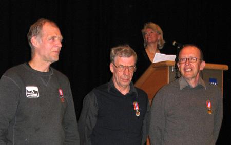 20060330medaljetrio.jpg